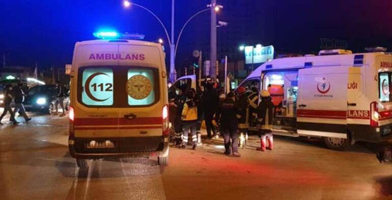 Son dakika: Ambulans ile otomobil çarpıştı Çok sayıda yaralı var