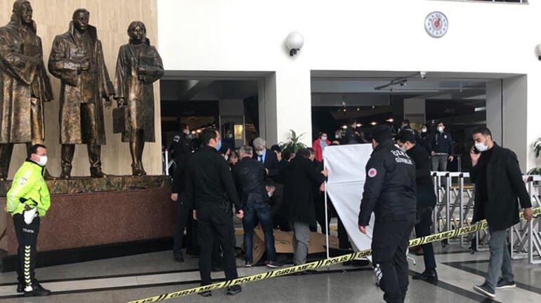 Son dakika haberi: Bakırköy Adalet Sarayında intihar