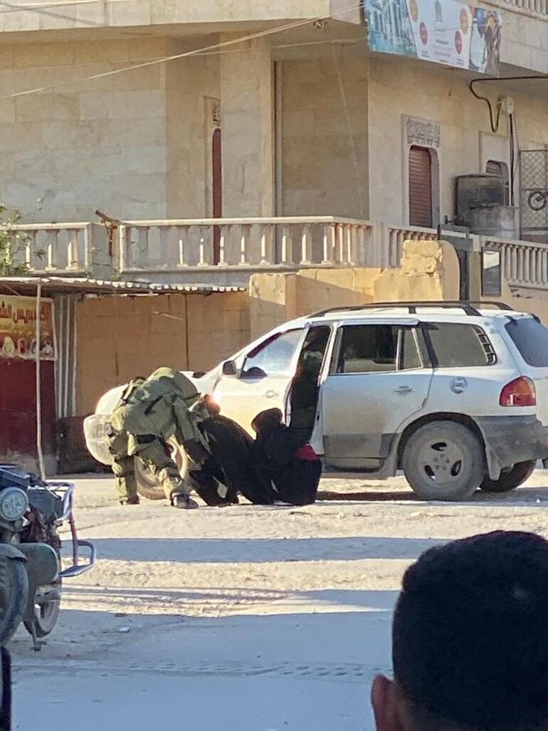 Afrinde iki kadın terörist, eylem öncesi bombalarla yakalandı