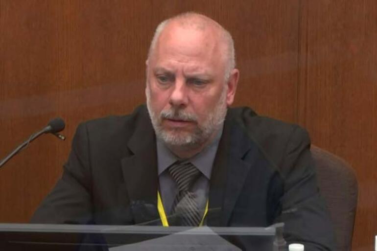 Floyd davasında tanıklar dinlendi: Sedyede yatan tepkisiz bir bedendi