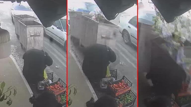Esenyurtta dehşet Otomobil kadınlara çarpıp manava daldı