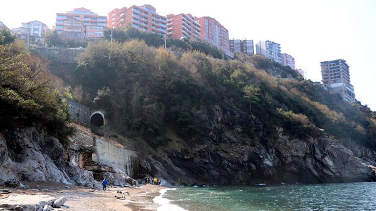 Otomobil, 200 metreden denize uçtu: 1 ölü