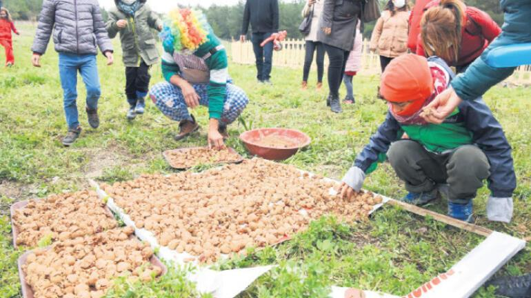 Otizmli minikler doğal tarımla tanıştı