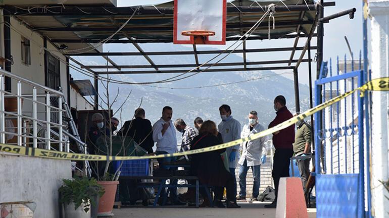 Antalyada korkunç olay Cesedi parçalayıp, foseptiğe attılar