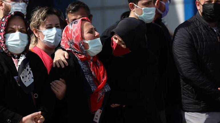 Türkiyeyi yasa boğan veda Şehit pilot gözyaşlarıyla uğurlandı