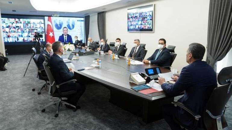 Milli Eğitim Bakanı, 29 ilimizde devam ediyoruz deyip paylaştı Flaş uzaktan eğitim açıklaması