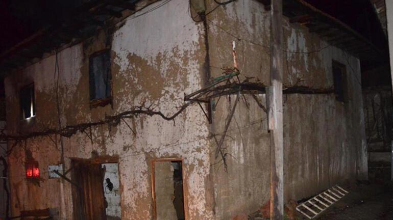 Kütahyadaki ev yangınında 83 yaşındaki kadın öldü