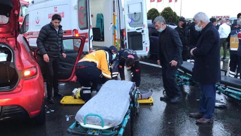 12 araçlı zincirleme kaza: Yaralılar var
