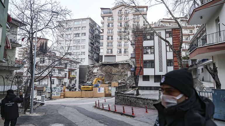 Ankarada inşaat kazısında temeli kayan apartmanda yıkım başladı