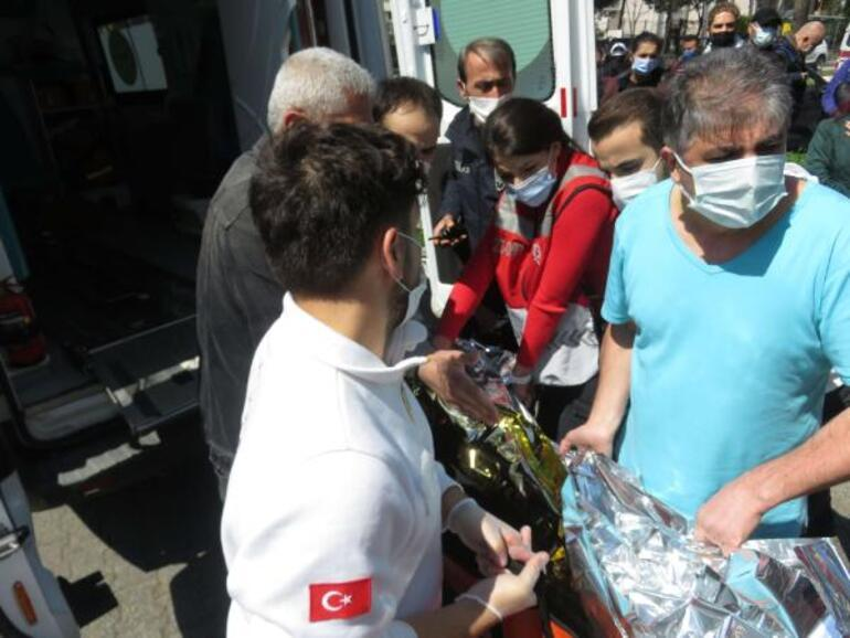 Son dakika: İstanbulda yangın paniği 1i ağır 3 yaralı...