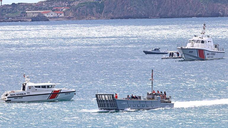 Son dakika... Görülmemiş olay İzmirde düşen askeri uçağın pilotu tarihe geçti