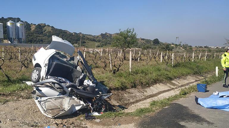 Son dakika... Manisada feci kaza Yolda çıkıp menfeze çarptı, 3 kişi öldü