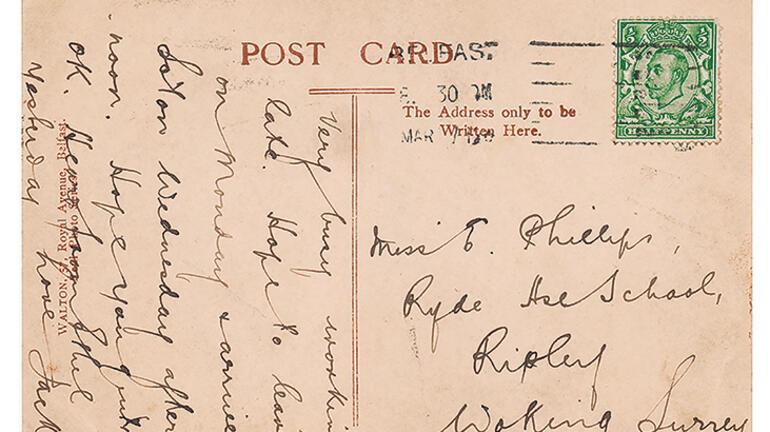 Titanik'ten gönderilen kartpostal satılıyor