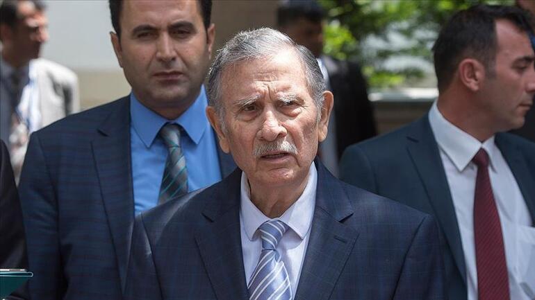 Son dakika Eski başbakanlardan Yıldırım Akbulut hayatını kaybetti
