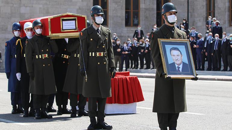 Son dakika Yıldırım Akbuluta son görev Erdoğan cenaze törenine katıldı