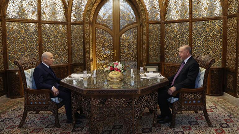 Son dakika: Cumhurbaşkanı Erdoğan ve Bahçeli iftarda bir araya geldi