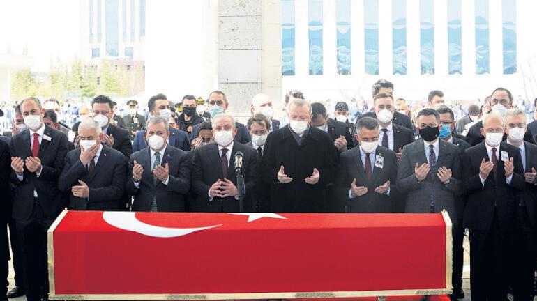 Akbulut'u devletin zirvesi uğurladı