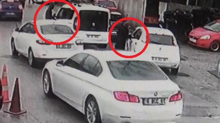 Aracını çaldıkları kadını metrelerce sürükledi
