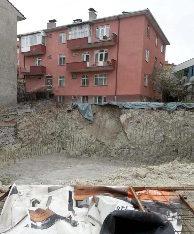 Ankarada toprak kayması nedeniyle bir apartman tahliye edildi