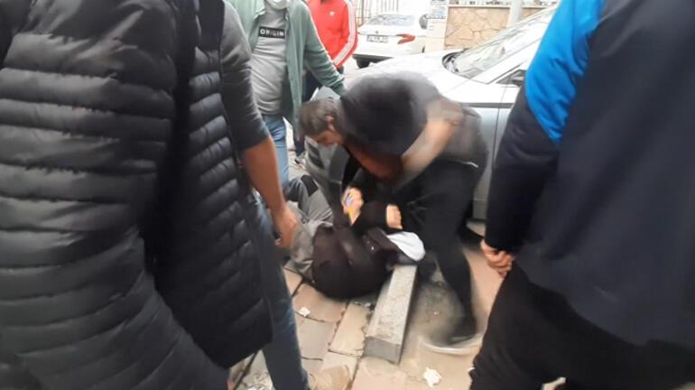 İstanbulda taciz iddiası Mahalleli darp etti...