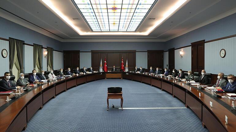 Son dakika... AK Partide kritik toplantı Açıklama yapılacak