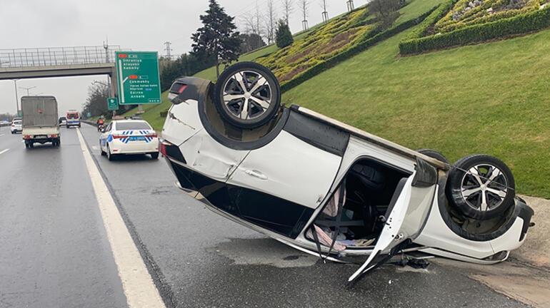 Ümraniye TEMde trafiği kilitleyen kaza