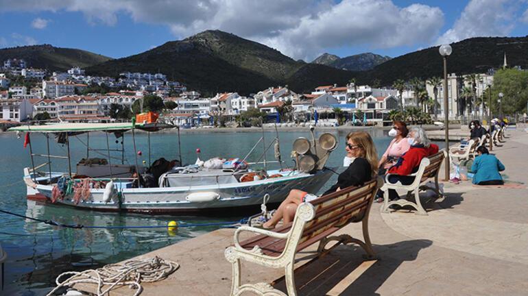 Son dakika... Ege Denizindeki artan depremlerde yanardağ harekete geçti iddiası