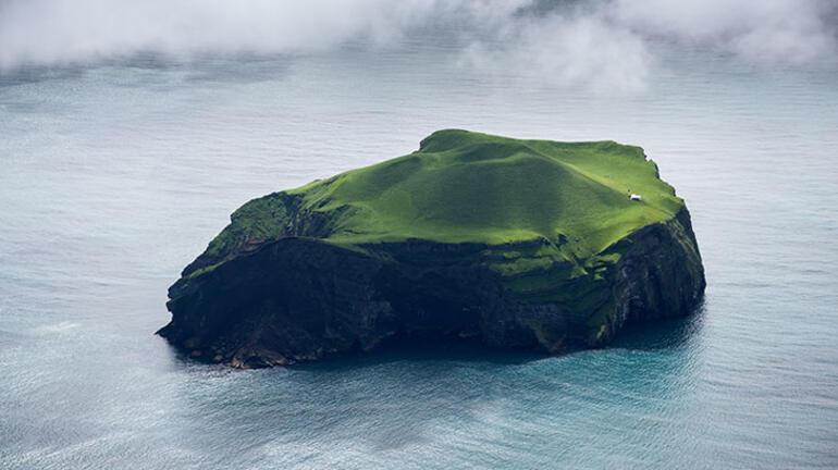 100 yıldır boş bir adada Dünyanın en yalnız evi