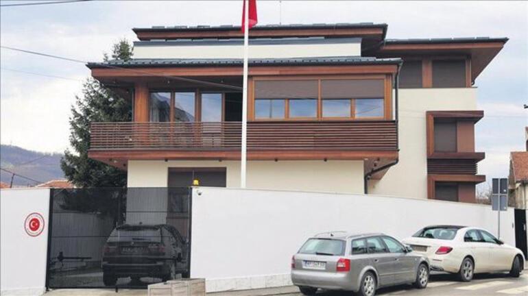 Emina Jahovic evini Türk Konsolosluğuna kiraya verdi
