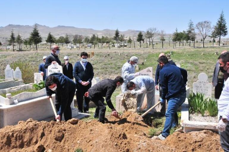 Koronavirüsten ölen polis, Nevşehirde toprağa verildi