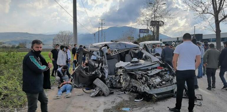 Feci kaza 4 ağır yaralı: Anbean kaydedildi