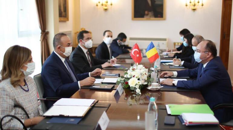 Bakan Çavuşoğlu, Rumen mevkidaşı Aurescuyla bir araya geldi