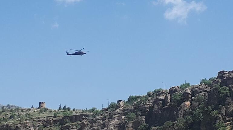 Son dakika haberi... Sınırda uçak, helikopter ve zırhlı araç hareketliliği