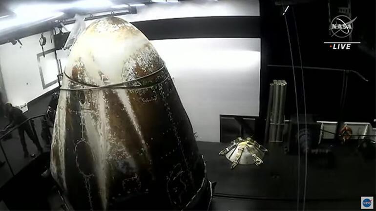 NASA ve SpaceX astronotları Dünyaya geri döndü