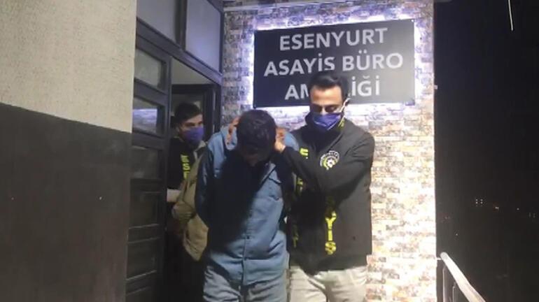 İstanbul'da kare kare dehşet! Sırtından bıçaklayıp, attılar 3 – 6090f323adcdeb2e5c47c4d0