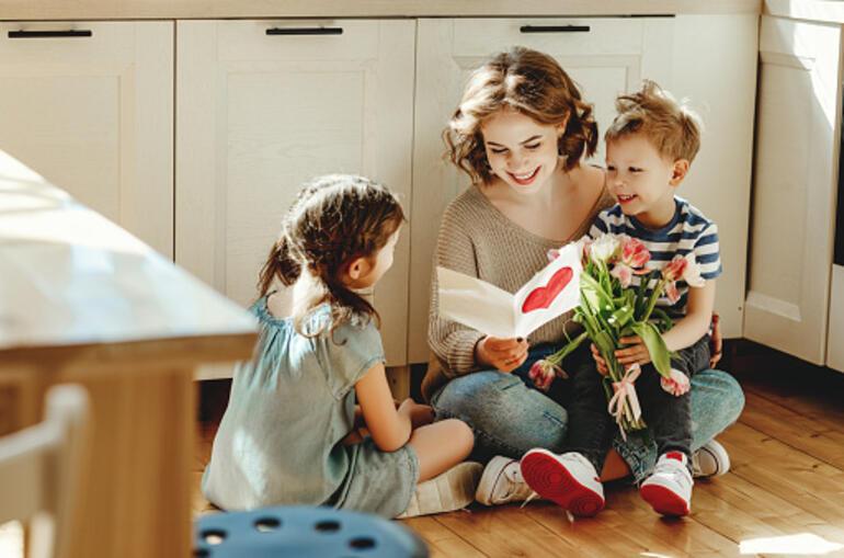 Anneler Günü ne zaman, hangi gün 2021 Anneler Günü mesajı, şiiri, resmi, sözleri...