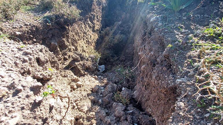 Son Dakika: Burası İzmir Dev yarıklar oluştu, evler boşaltıldı