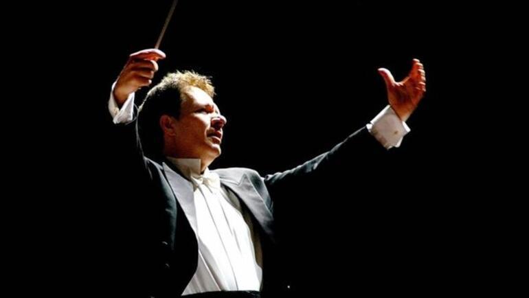 Son dakika Dünyaca ünlü opera sanatçısına hizmetçisinden şok suçlama: Cinsel saldırı