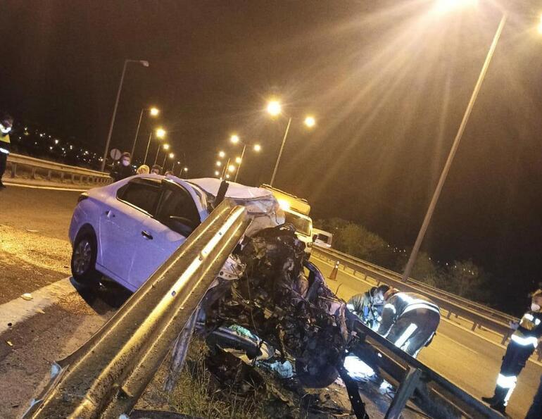 Feci kaza Bariyerlere çarpan otomobilin sürücüsü öldü