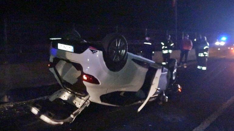Feci kaza Beton bariyere çarptı, defalarca takla attı...