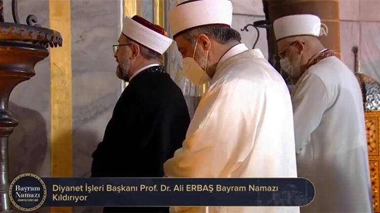 Son dakika: Diyanet İşleri Başkanı Ali Erbaştan bayram hutbesi Bayram namazı böyle kılındı