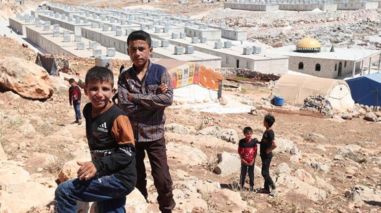 Bakan Soylu duyurdu: İdlibde 35 bin ev nihayete erdirildi