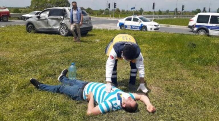Sarayda kamyonla otomobil çarpıştı: 2 yaralı