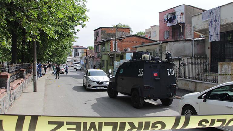 Beyoğlunda iki aile arasında silahlı kavga 2si kadın 5 yaralı