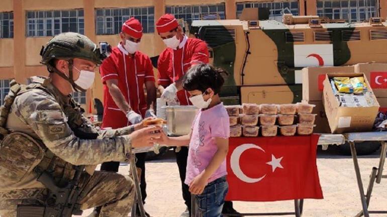 Mehmetçik, Barış Pınarı bölgesindeki yardım faaliyetlerini sürdürüyor