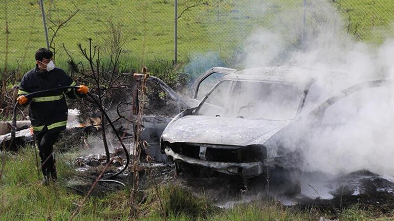 Son dakika... Anadolu Otoyolundan feci kaza Araçları yanan çift ölümden döndü