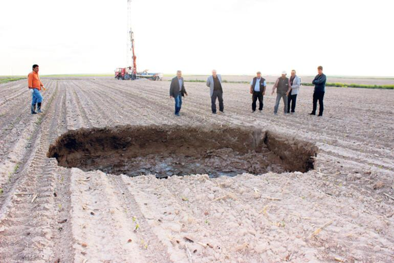 Topraktaki 'kara delikler' ürkütüyor