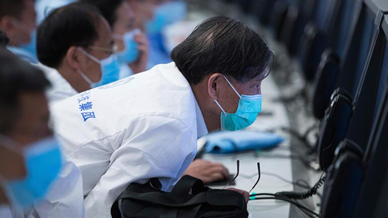 Çinin uzay aracı Zhurong, Marsta ilk sürüşünü gerçekleştirdi