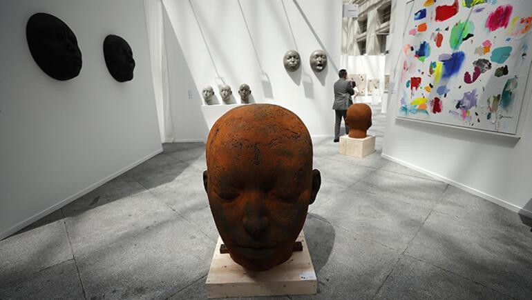 İspanyada sanatsal faaliyetler yeniden başladı