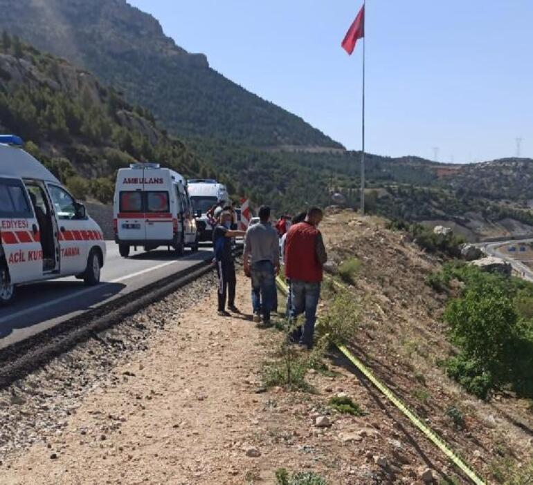 Liseli genç kız kamyonetle araziye yuvarlandı: 5 yaralı